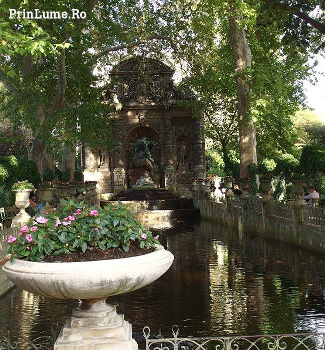 Fountaine de Medicis - Jardins du Luxembourg